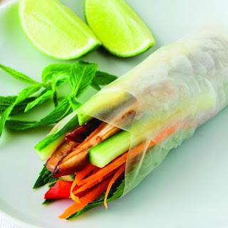 Healthy Vietnamese Rice Paper Rolls.