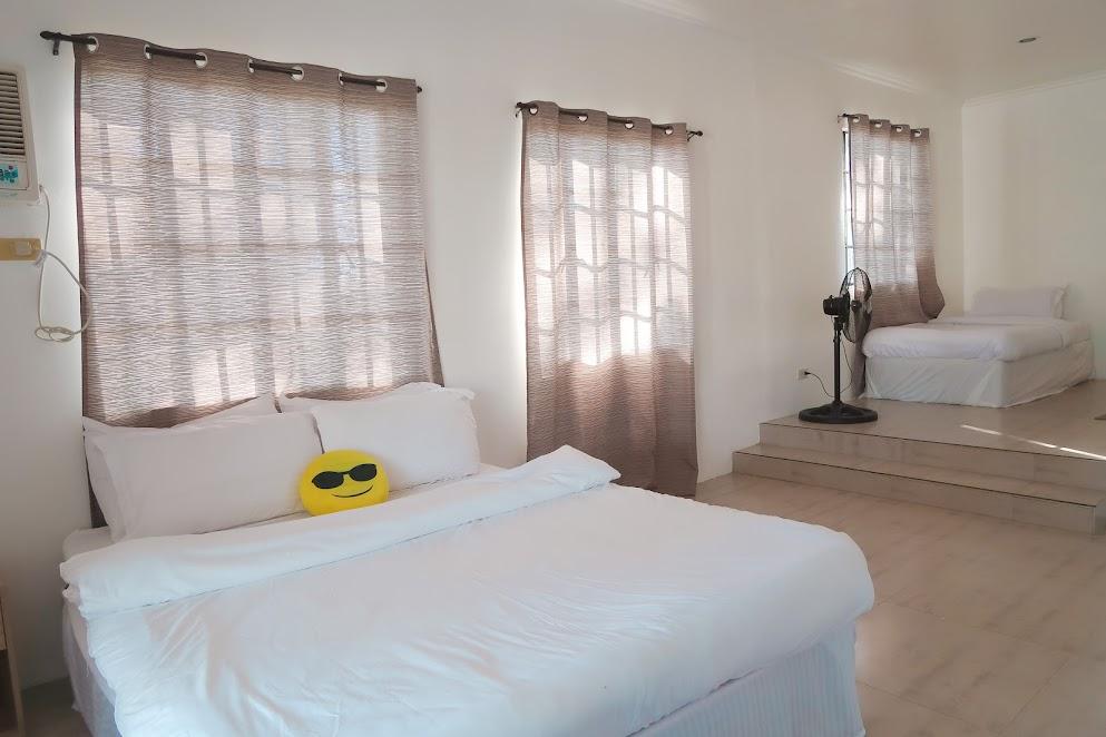 Lily Vacation Farm House Jalajala, Rizal room 1
