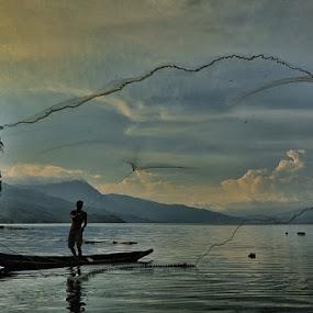 cast nets by Sapto Nugroho - News & Events World Events ( lake singkarak indonesia )