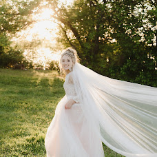 Wedding photographer Sergey Kolobov (Kolobov). Photo of 13.04.2017