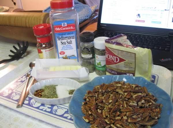 Herbed Pecans Recipe