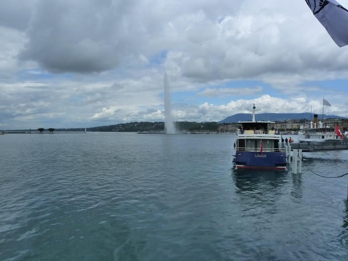 Geyser on Lac Leman, Geneva, Switzerland (July 2011)
