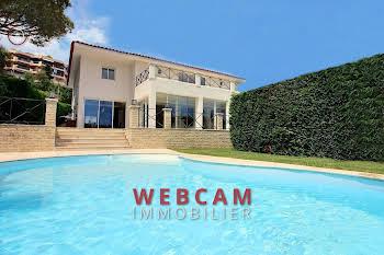 Villa 7 pièces 340 m2