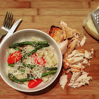 Grilled Chicken Alfredo Veggie Ziti Bowl.
