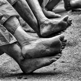 What Behind These Feet? by Charliemagne Unggay - News & Events World Events