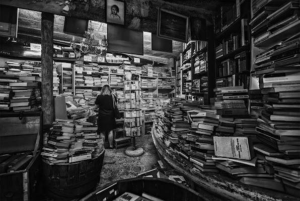 Libreria Acqua Alta, un ordinato disordine  di CarloBassi