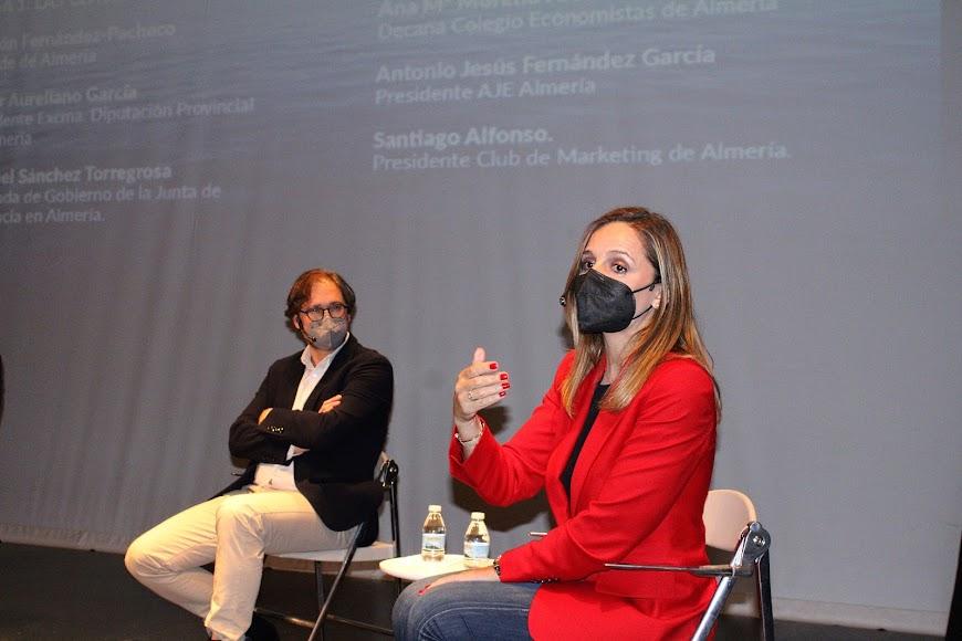 David Baños y la delegada, Maribel Sánchez.
