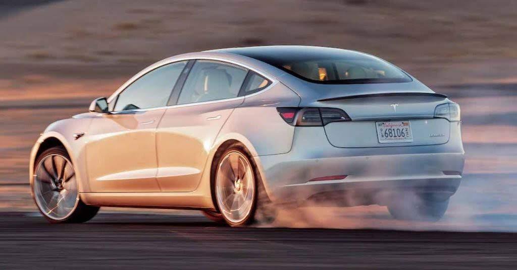 El Tesla Model 3 ya está en España de forma oficial
