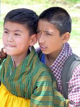 Photo: Die Jungs verfolgen eine Schulsportwettkampf