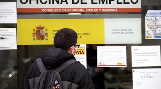El paro cae en Almería, con casi 4.000 personas menos en julio