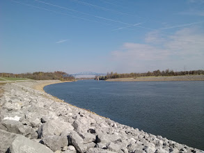 Photo: Cumberland River from the lock