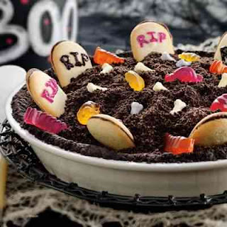 Spooky Graveyard Pie