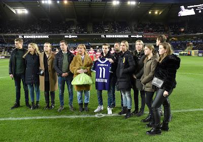 📷 Un bel hommage à Rensenbrink gâché par quelques supporters mouscronnois