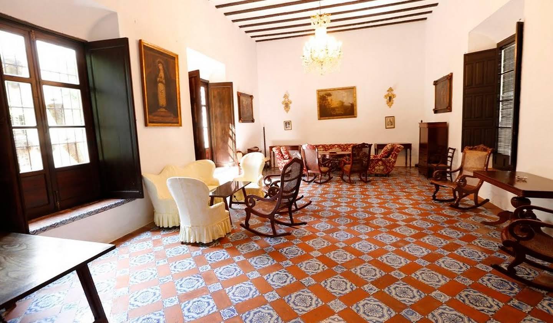 Maison Carmona