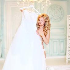 Wedding photographer Lyubov Vyatina (LyubovVyatina). Photo of 04.06.2015