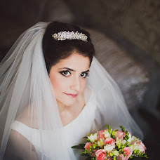 Wedding photographer Toma Abidinova (Tukaeva). Photo of 27.02.2014