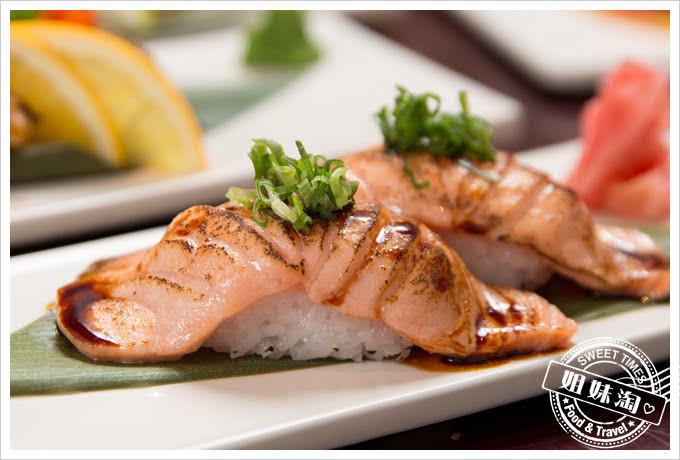 番太郎日式居酒屋至燒鮭魚握壽司