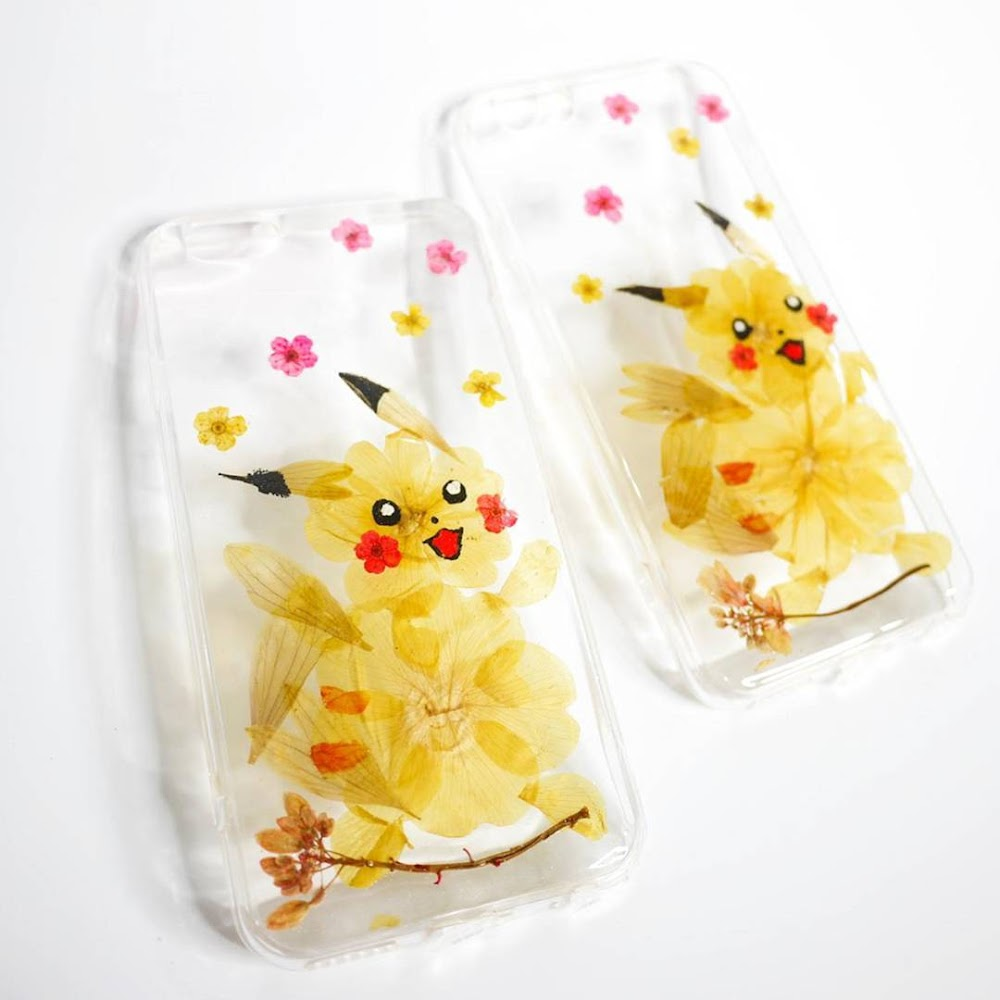 [訂製/custom-made] Pikachu Pressed Flower Phone Case