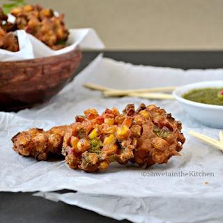 Corn Capsicum Fritters - Corn Capsicum Pakora.