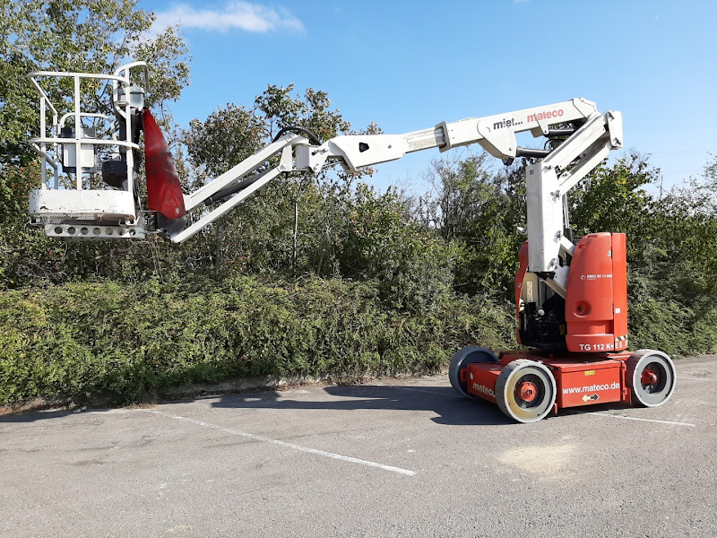 Picture of a JLG E300AJP