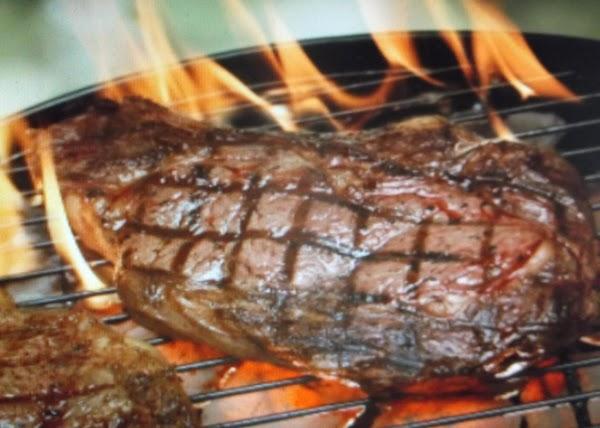 Grilled Sirloin Steak With Garlic Butter Recipe