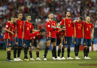 Niet geselecteerde Cesc Fabregas is scherp voor de aanpak van het uitgeschakelde Spanje