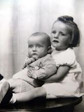 Photo: Lute Jzn. en Alie Hilberts, voorjaar 1947