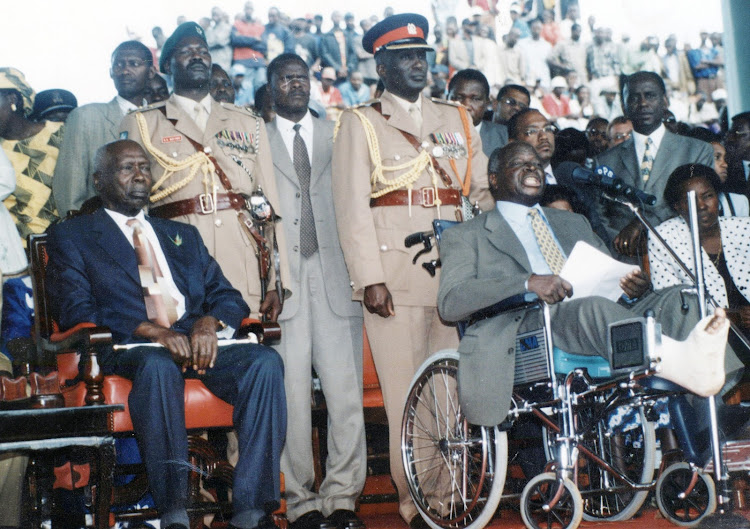 President Mwai Kibaki reading his inauguration speech at Uhuru Park in 2002.