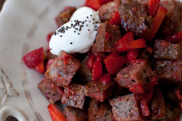 Strawberry Panzanella Salad Recipe