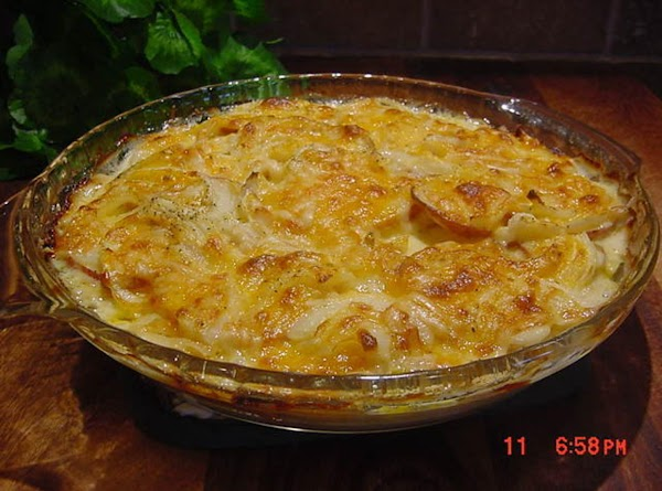 Tater And Onion Pie With Ham  (bonnie's) Recipe