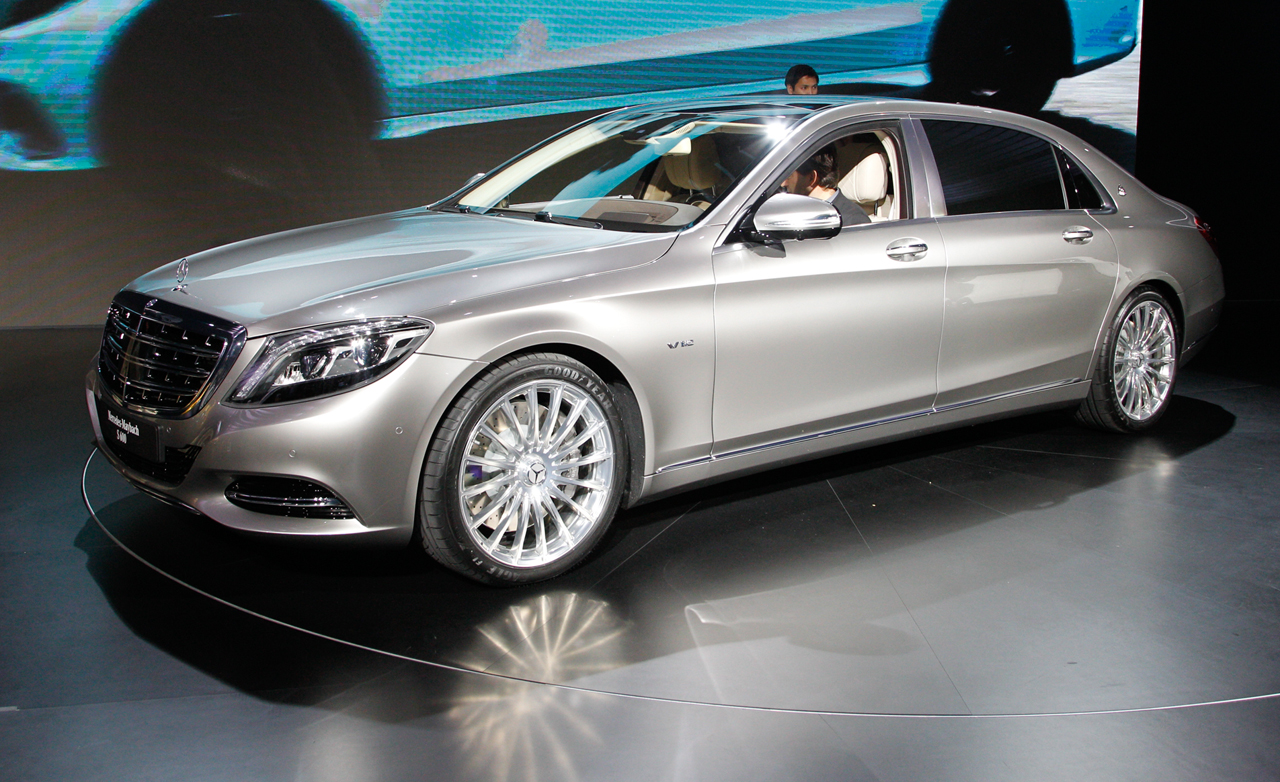 2016-mercedes-maybach-s600-photos-and-info-news-car-and-driver-photo-647976-s-original.jpg