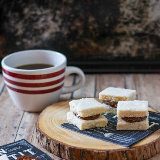 Chocolate Caramel Shortbread Sandwiches