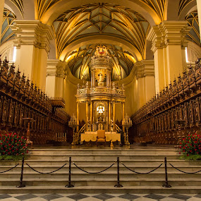 Church by Merina Tjen - Lim - Buildings & Architecture Places of Worship ( church; lima; peru; catolics; worship )