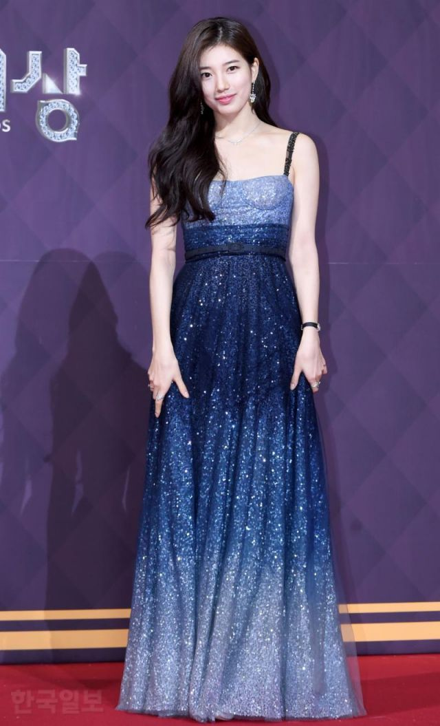 suzy gown 2