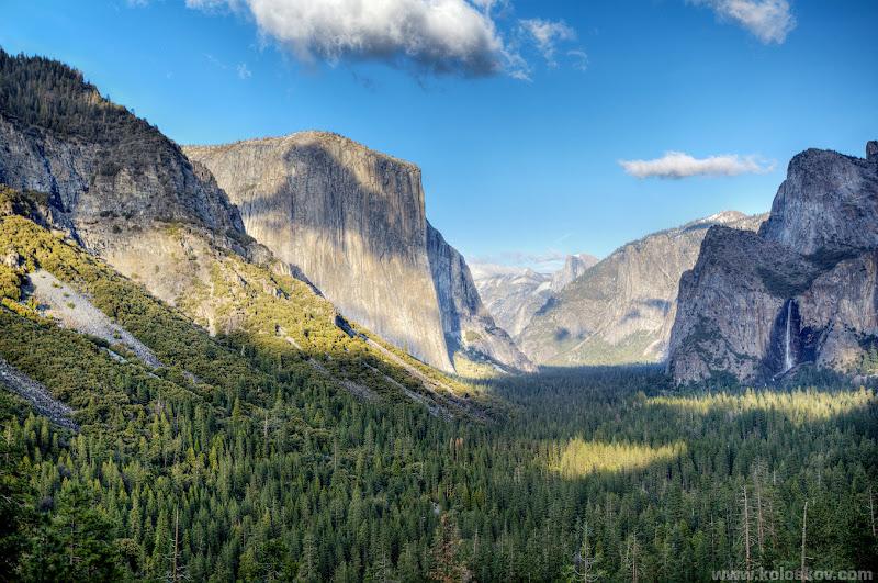 Photo: Yosemite, CA. HDR by Alex Koloskov. www.realisticHDRbook.com