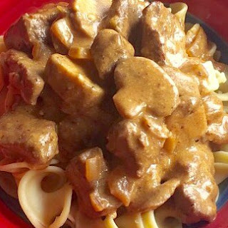 Awesome Healthier Beef Stroganoff from Alexandersmom.com