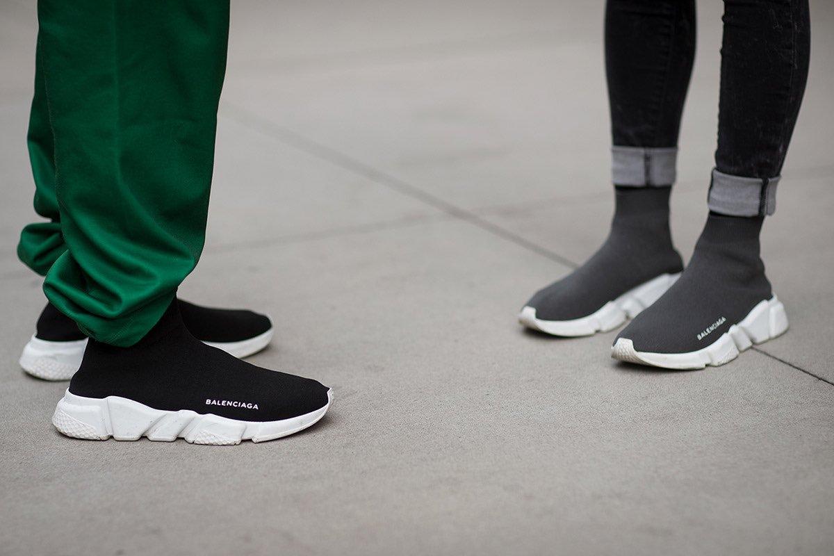 Tìm hiểu hai mẫu giày đang gây sốt trong năm 2020