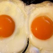 2 Eggs A La Carte