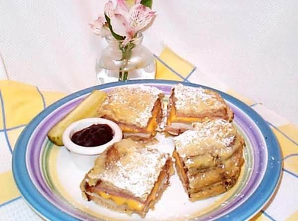 Fryed Monte Cristo Sandwich Recipe