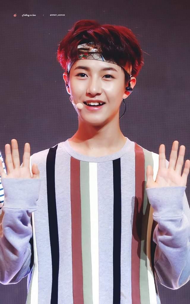 renjun hands 3
