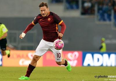 Officieel: levende legende Totti hakt de knoop over zijn toekomst door