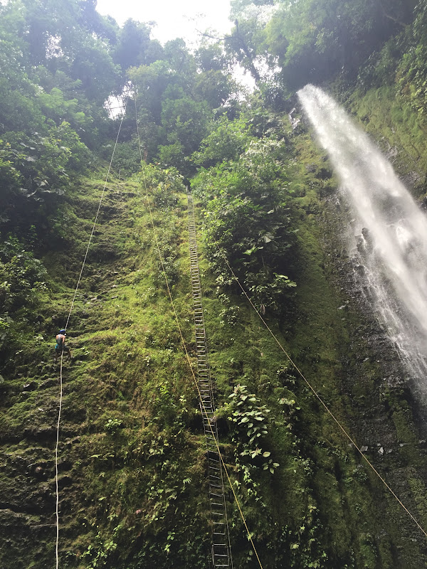 Waterfall rappel 2