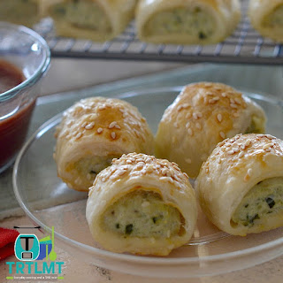 Chicken, Feta and Spinach Sausage Rolls.