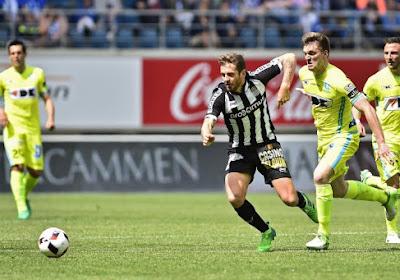AA Gent speelt gelijk tegen Charleroi in tumultueuze wedstrijd