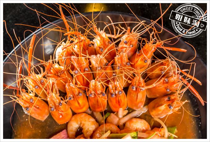 新凱門複合式釣蝦場泰式涼拌蝦2