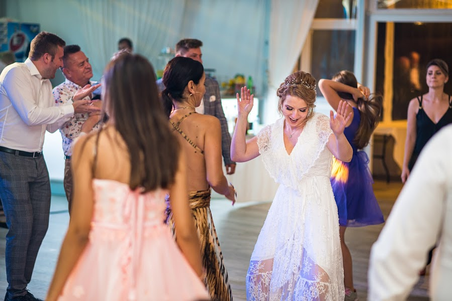 Fotograful de nuntă Aurelian Nedelcu (aurash). Fotografia din 21.06.2019