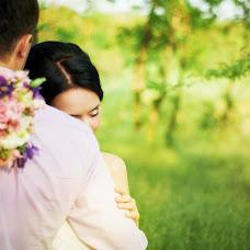 Wedding photographer Darya Akulova (PhotoJan). Photo of 13.05.2014