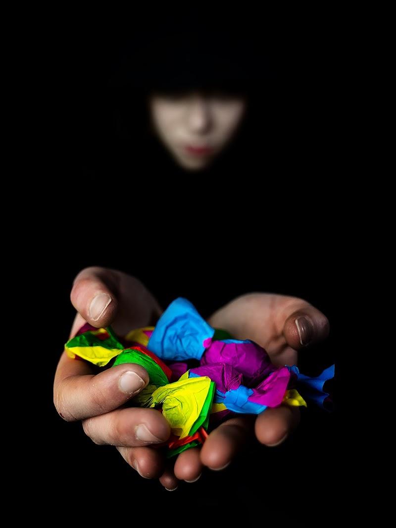 Non accettare caramelle dagli sconosciuti !!! di Sebastiano Pieri