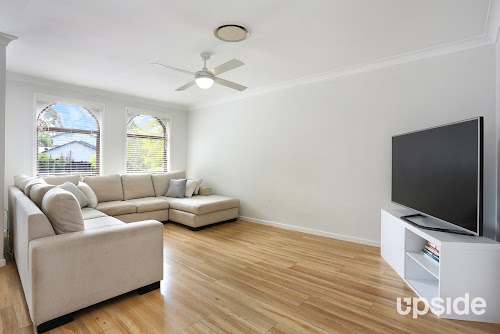 Photo of property at 6 Bruchhauser Crescent, Elderslie 2570