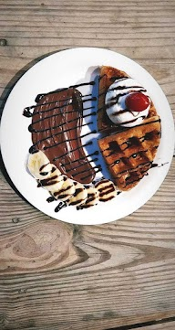 Waffle Talesz photo 14